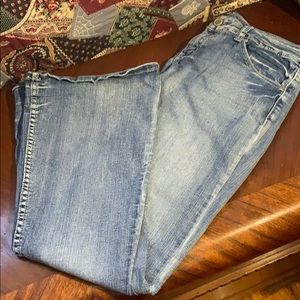Rue21 Curvy Jeans size 9/10